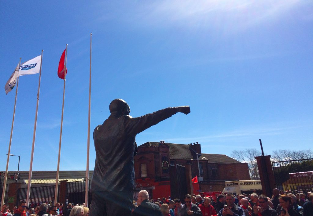 shankly-statue-1